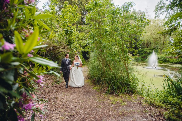 Kayleigh-Leon-Reed-Hall-wedding-250514_GRW-Photography (188)