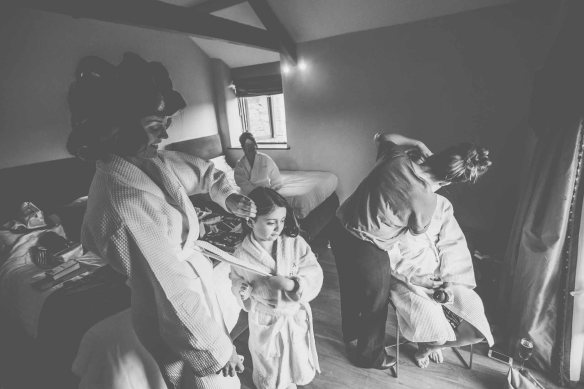 Trevenna-Barns-Cornwall-wedding-photography-GRW-Photography (1)